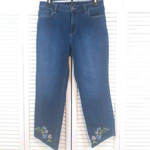 Susan Graver crop embroidery Jeans sz 8 *6